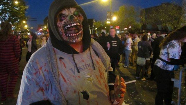 zombie-pub-crawl-142